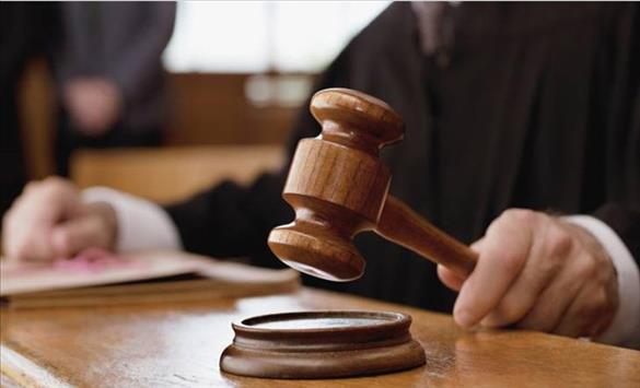 Слика од Глув њујорчанец по судски пат бара титлови на порнографските сајтови