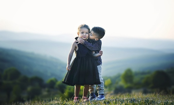 Слика од Луѓето кои имаат сестри се посреќни