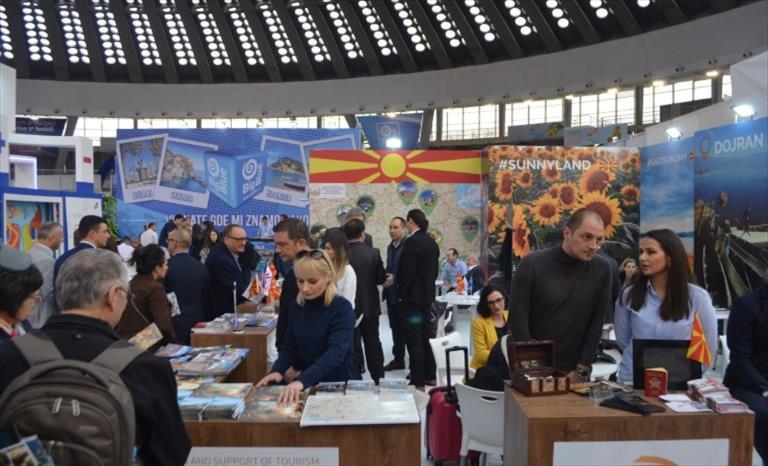 Слика од Туризмот на Македонија презентиран во Белград