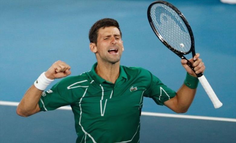 Слика од Ѓоковиќ продолжува на патот кон петтата титула во Дубаи