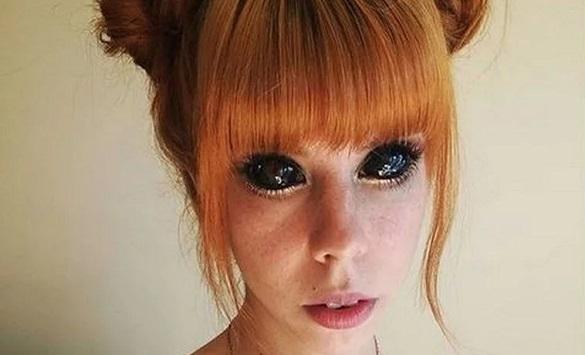 Слика од Полска манекенка си ги тетовирала очите, па ослепела