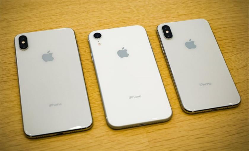 """Слика од """"Епл"""" го ограничи бројот на телефони што може да купи еден клиент"""