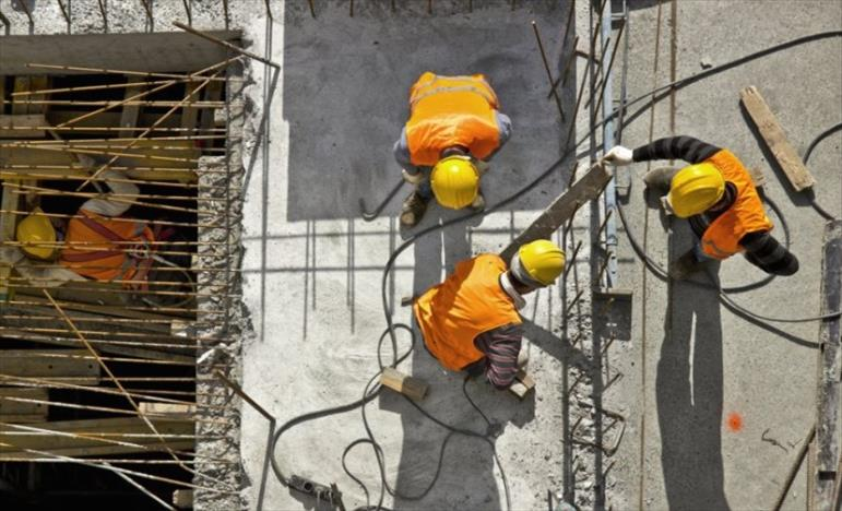 Слика од Градежниците не се опфатени со одлуката за движење до најмногу две лица
