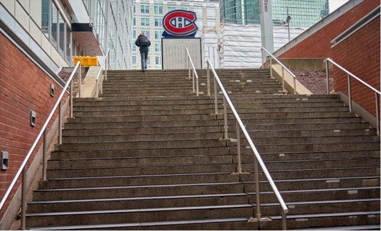 Слика од Во Канада милион луѓе останаа без работа