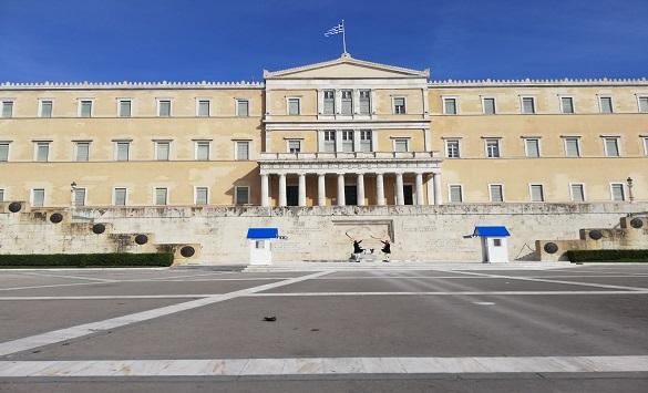 Слика од Анкета: Грците против предвремени избори, економијата најважен проблем за земјата