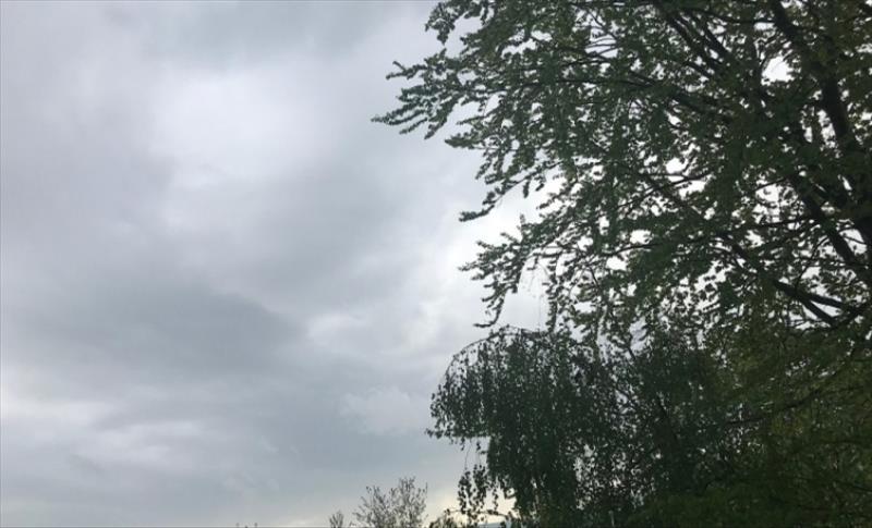 Слика од Викендов ќе продолжи периодот на нестабилно време со повремени врнежи