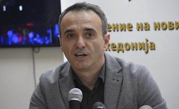 Слика од Чадиковски: Новинарот има право на слободна проценка дали да известува од настан, на кој не се почитуваат протоколите