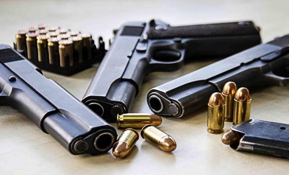 Слика од Обвинение за неовластено држење оружје против 38-годишен скопјанец
