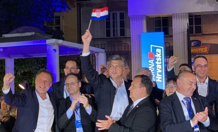 Слика од По убедливата победа на Хрватските избори, Пленковиќ без проблеми обезбеди мнозинство за формирање влада
