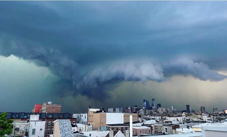Слика од Во бура во Мериленд повредени 19 лица