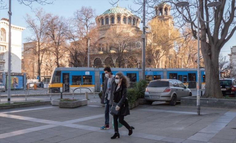Слика од Построги казни за непочитување на мерките во Бугарија