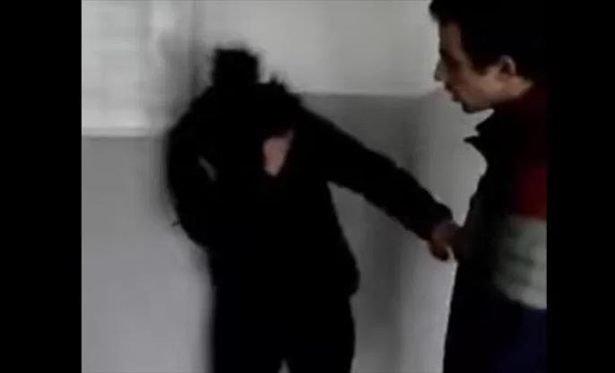 Слика од Тепачите на девојката од Штип пуштени дома, девојката во паника