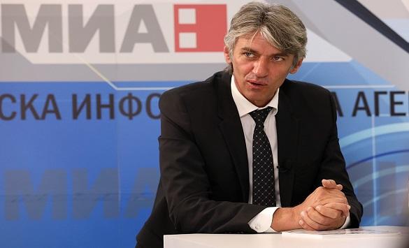 Слика од Села: Промена треба да се случи и кај албанскиот блок, со тоа ќе ја вратиме демократијата