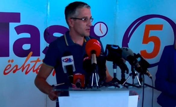 Слика од Дураку: Не исклучуваме никого, но со ДУИ во влада ќе биде многу тешко