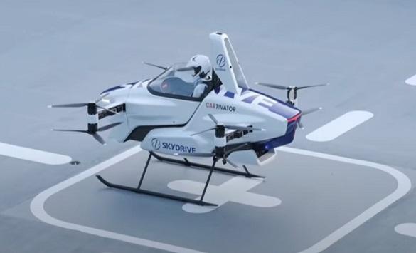 Слика од Успешен тест на првиот летечки автомобил во Јапонија (видео)