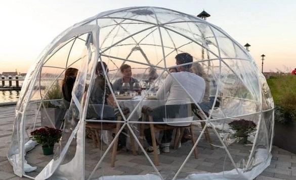 Слика од Иглуто како начин за продолжување на сезоната на тераси во рестораните