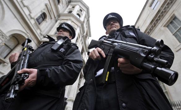 Слика од Хемиски напад врз цивили во британскиот град Дадли