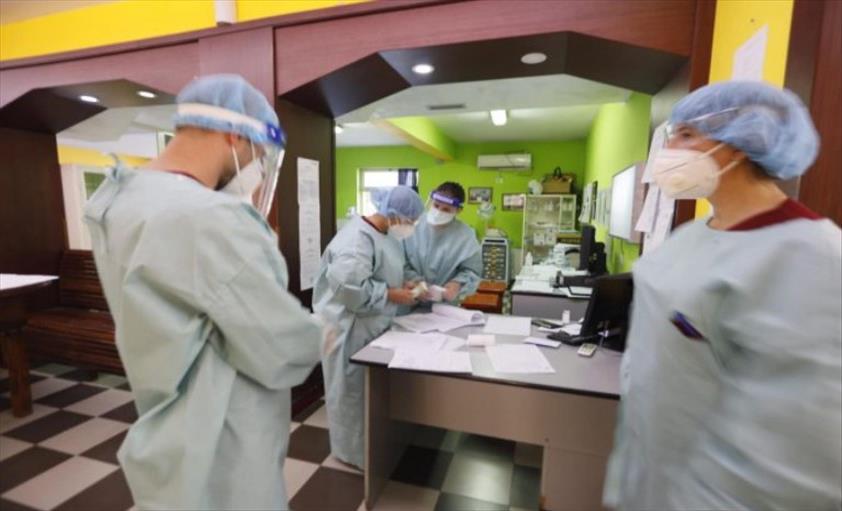 Слика од Во Албанија регистрирана најмладата жртва од Ковид-19, нов рекорд на новозаболени
