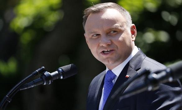 Слика од Полскиот претседател Анджеј Дуда позитивен на коронавирус