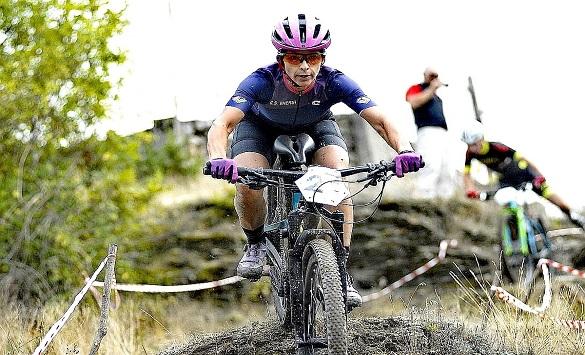 Слика од Дуња Иванова државен првак во велосипедизам