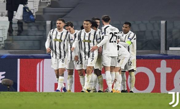 Слика од Јувентус за прв пат во 123-годишната историја настапи без Италијанците во одбраната