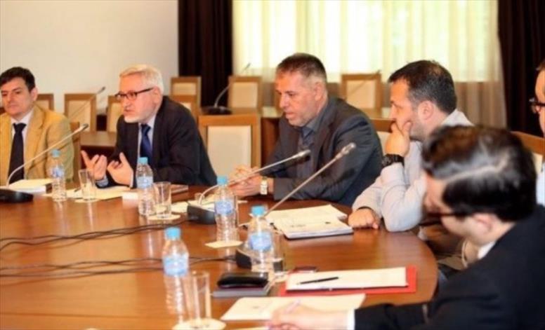 Слика од Дојче Веле: Членови на македонско-бугарската комисија се оградија и ги осудија изјавите на Заев
