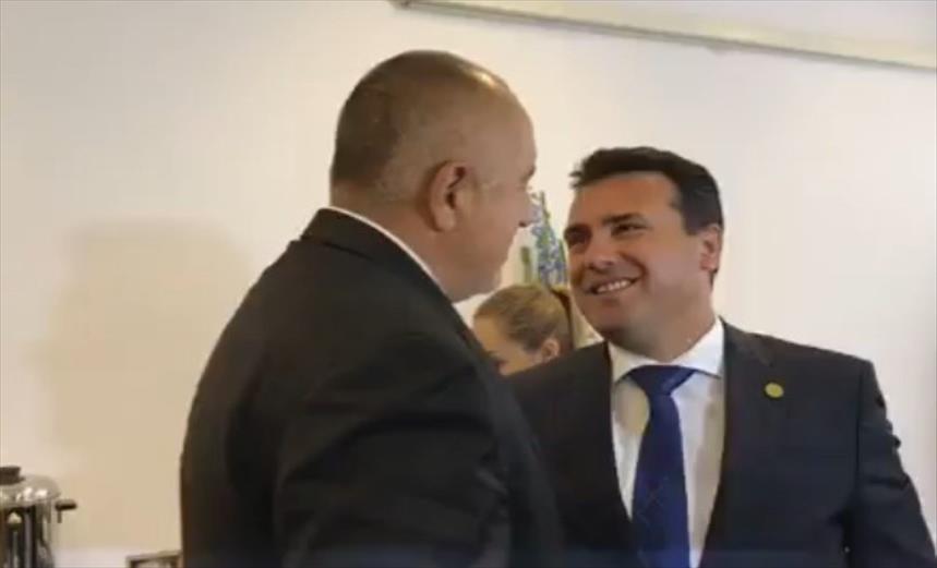Слика од После целосен молк за сите навреди од Бугарија, Заев му одговори на Каракачанов: Јас сум македонец