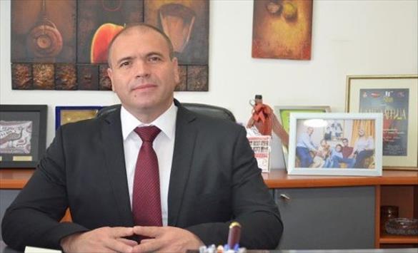 Слика од Димитриевски: Бојко да се извини за изјавите на Каракачанов, преговорите да се стопираат а МНР да врачи протестна нота