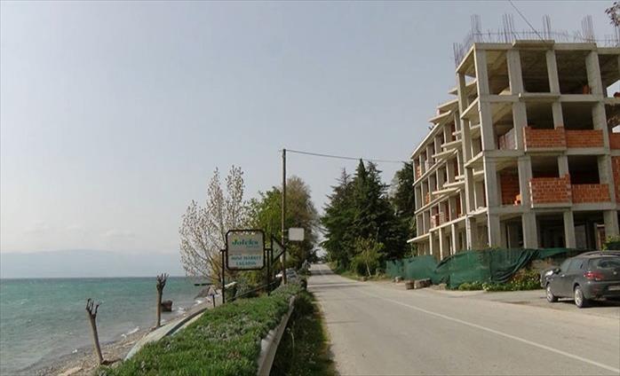 Слика од Зошто Георгиески уште нема стратегија кога и колку објекти треба да се урнат во Охрид?