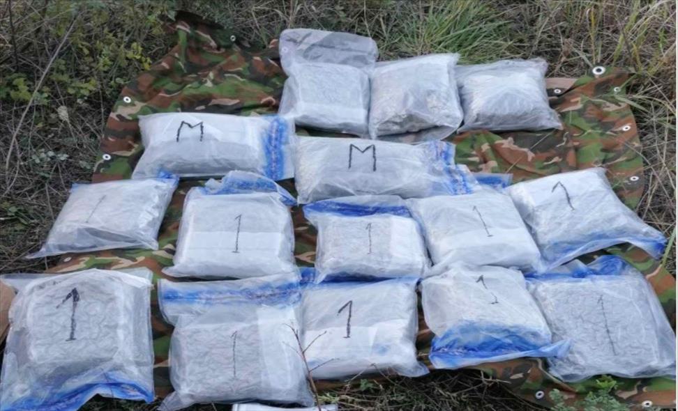 Слика од ОЈО отвори истрага против двајца скопјани за трговија со дрога