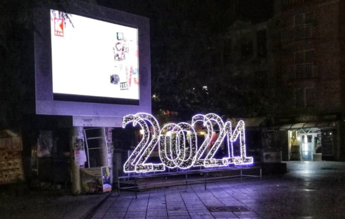 Битола и Охрид ви посакуваат да имате З Д Р А Вј Е во 22002211