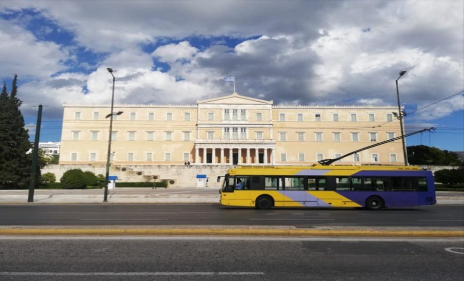 Слика од Со огромно мнозинство грчкиот Парламент го изгласа законот за проширување на територијалните води