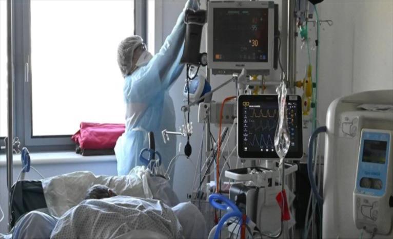 Слика од Во Британија и Португалија рекорден број починати од коронавирус
