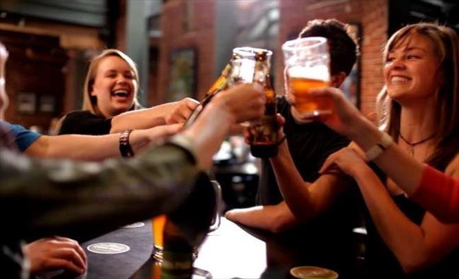 Слика од 258 евра на годишно ниво, трошат Македонците за пиво