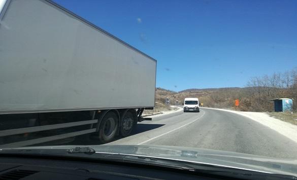 Слика од Сообраќајот на патот Кичево-Охрид утре 15 до 20 минути во прекин