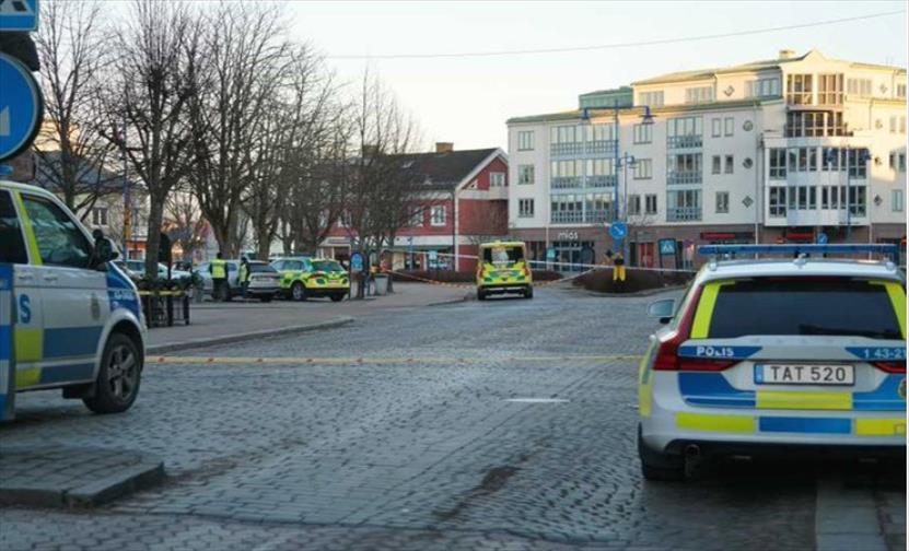 Слика од Осум лица нападнати со остар предмет во Шведска, сомнеж за терористички напад