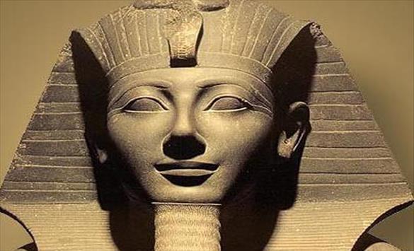 """Слика од """"Парада на фараоните"""" во Египет"""