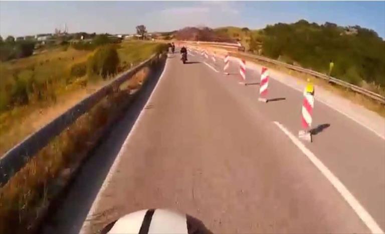Слика од Сообраќајот на автопатот Скопје-Куманово по една коловозна лента