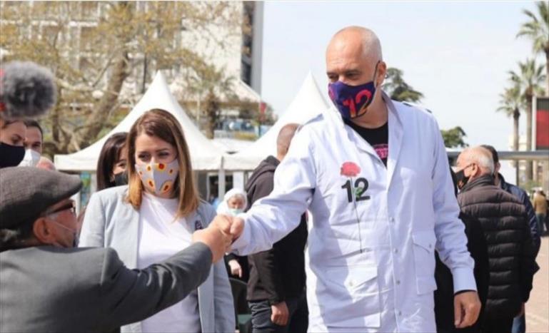 Слика од Албанија добива нова пратка од Фајзер, до сега вакцинирани над 260 илјади лица