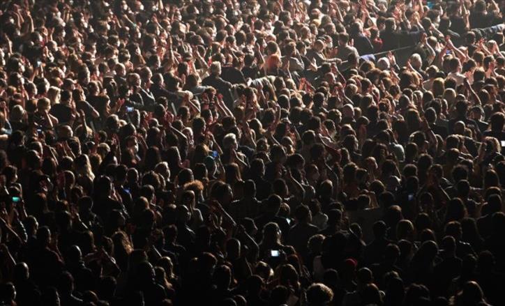 Слика од Успешен експеримент: Нема знаци на зараза по рок концертот во Барселона