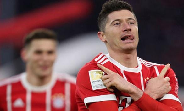 Слика од Челзи и Сити заинтересирани за Левандовски, Баерн сака најмалку 60 милиони евра за него