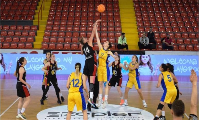 Слика од Баскет Кам и Бадел финалисти во македонскиот женски кошаркарски куп