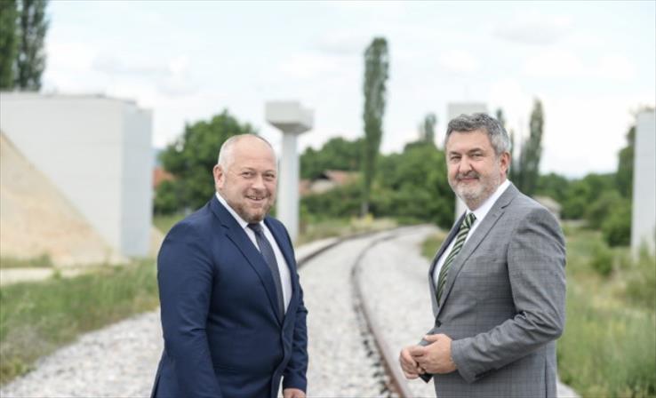 Слика од Локвенец-Папукчиски: Обезбедени се средства за железничката пруга Софија-Скопје