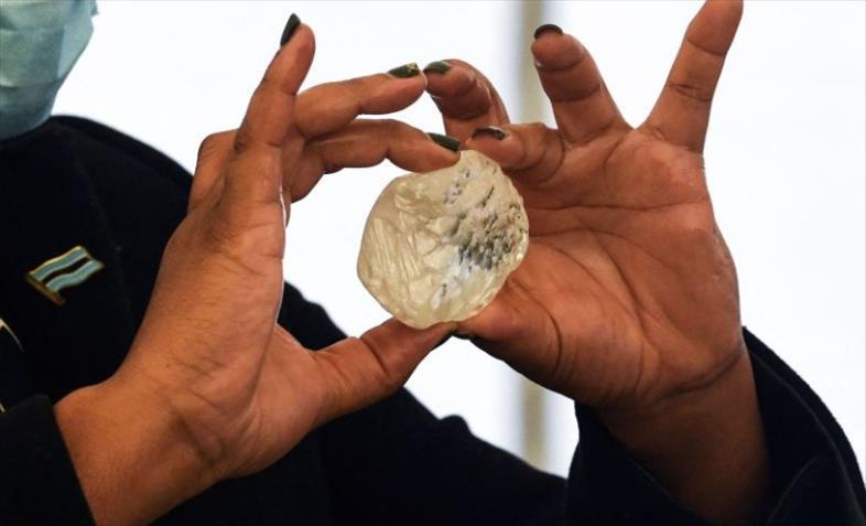 Слика од Ископан третиот најголем дијамант во светот