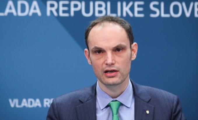 """Слика од Логар: Неактивниоста на ЕУ на Западен Балкан е """"стратешки опасна"""""""