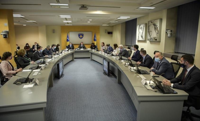 Слика од Косовската Влада ги дозволи свадбите и матурските прослави
