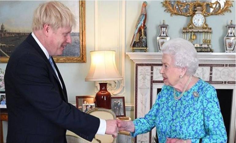 Слика од Прв состанок на Џонсон и кралицата Елизабета Втора по повеќе од една година
