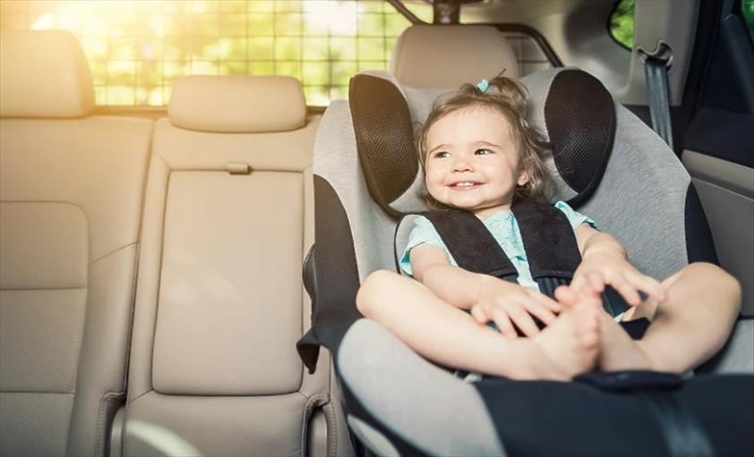 Слика од Што и како со клима-уредот, кога во автомобилот има дете?