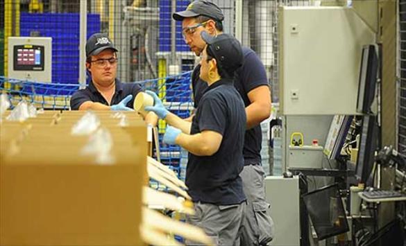 Слика од Индустријата отпушта работници, намален бројот за 2,4% во споредба со лани