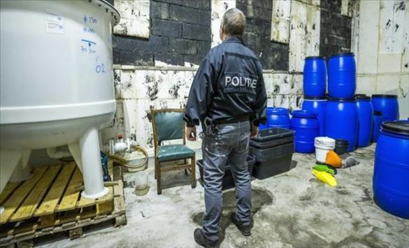 Слика од Во Холандија откриена најголемата лабораторија за синтетичка дрога во историјата